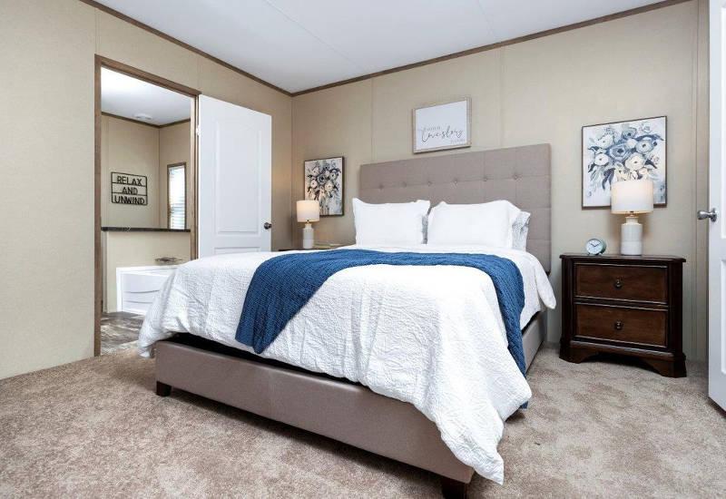 Clayton Independent - IND16763I - Bedroom