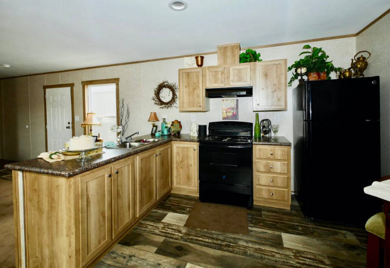 Meridian Aries - 9166-Kitchen 2