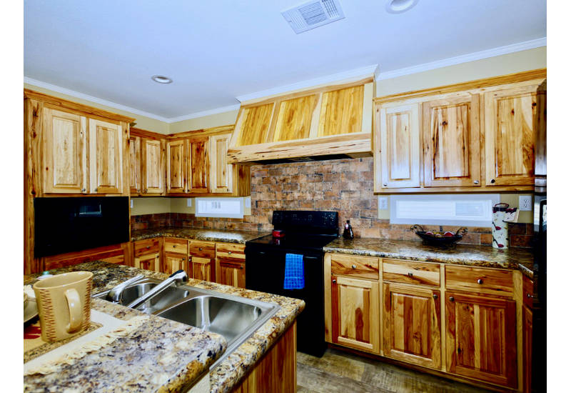 Meridian Armstrong - J78E -Kitchen