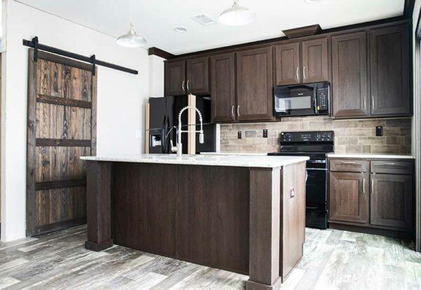 Clayton Washington - PAR28563B - Kitchen 2